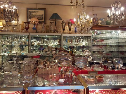 Antiques Diva French Tours