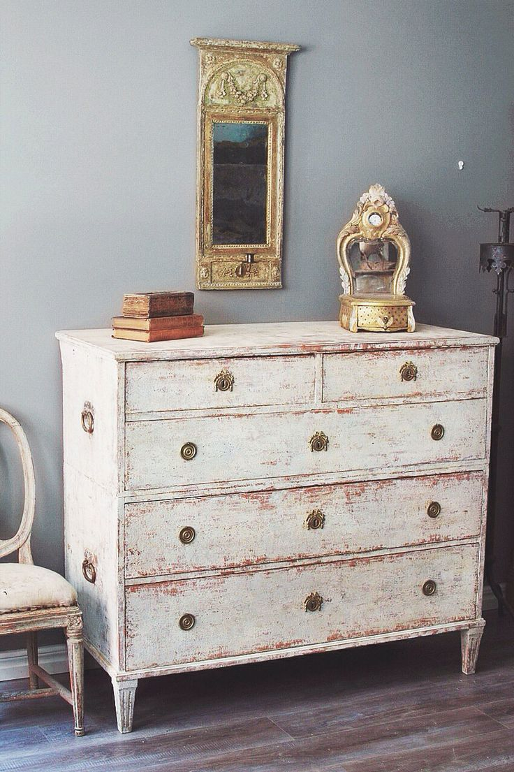 antiques diva sourcing antiques in europe - Gustavian Style Furniture