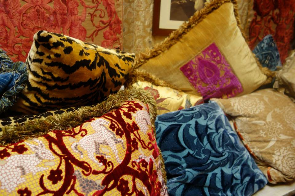 Hand made fabrics, Venice, Buying antiques in Venice, the Antiques Diva, O&C Antiques, Where to buy antiques in Italy, Venetian Culture, Antique Textiles,