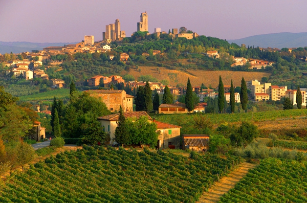 tuscany, Top Travel Destinations, Paris, New York, Tuscany, Oklahoma, Thailand, Asia, The Antiques Diva, Toma Clark Haines Interviews