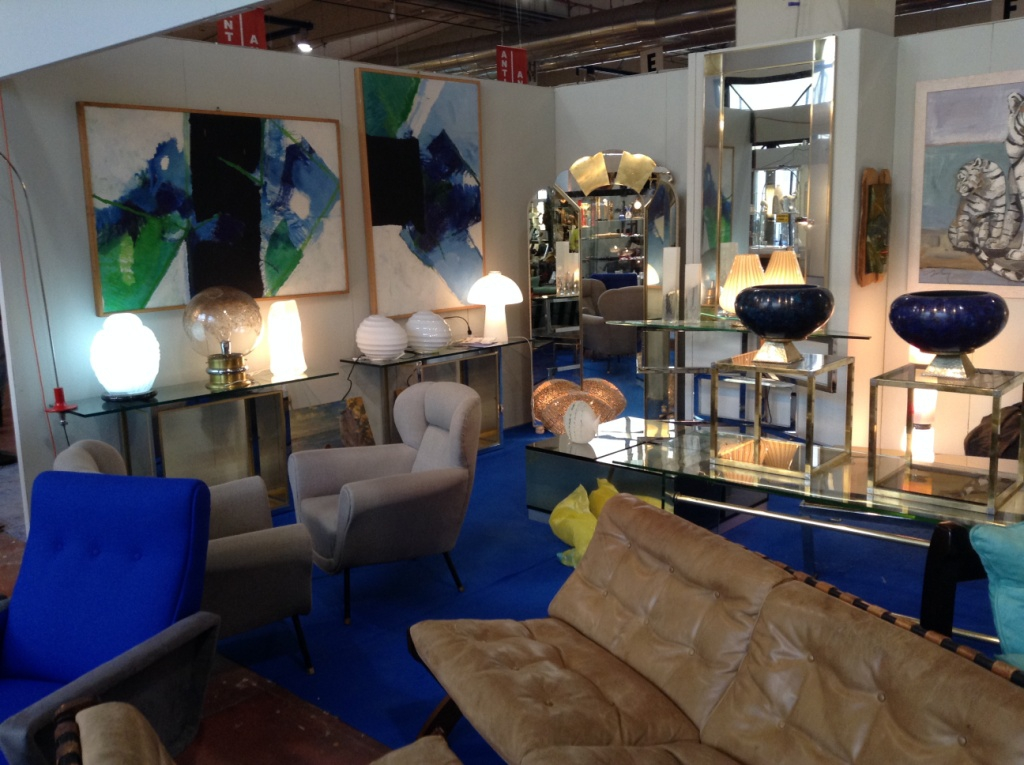 Mid-Century Modern in Italy, Mid-Century Modern Milan, Sourcing antiques in Italy, Antiques Diva Italy Tours, Sourcing Mid-Century in Europe, Filling a container, How to organize international shipping