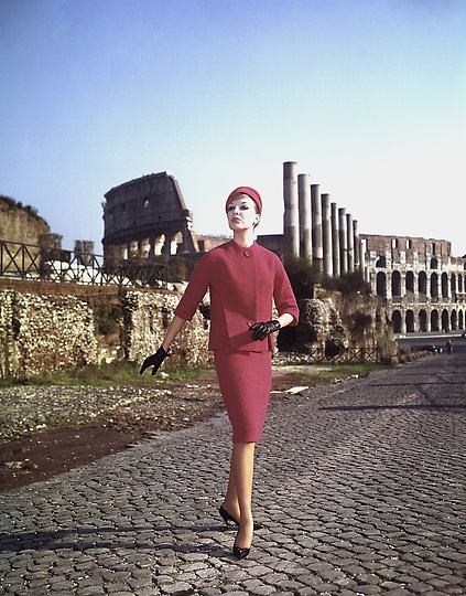 Fashion Italy 1960, Milan Fashion Week, Italian Fashion, Antiques Diva Buying Tours in Italy, Gucci fashion, GG monogram, Vintage Italian fashion