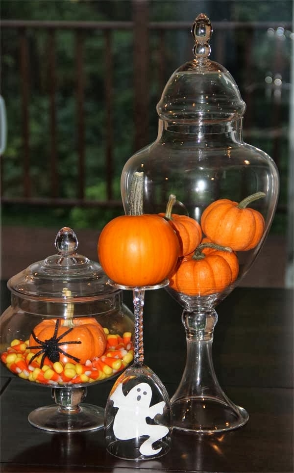 Decorating for the holidays with Antiques, Holiday antiques, Decorating for Halloween, Decorating for Thanksgiving,