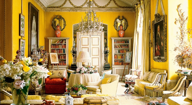 Nancy-Lancaster-sitting-room-main, Colfax & Fowler, London Antique Shops, Antiques Diva, Nancy Lancaster, Yellow Room, Avery Row, Yellow Drawing Room, Barrie McIntyre