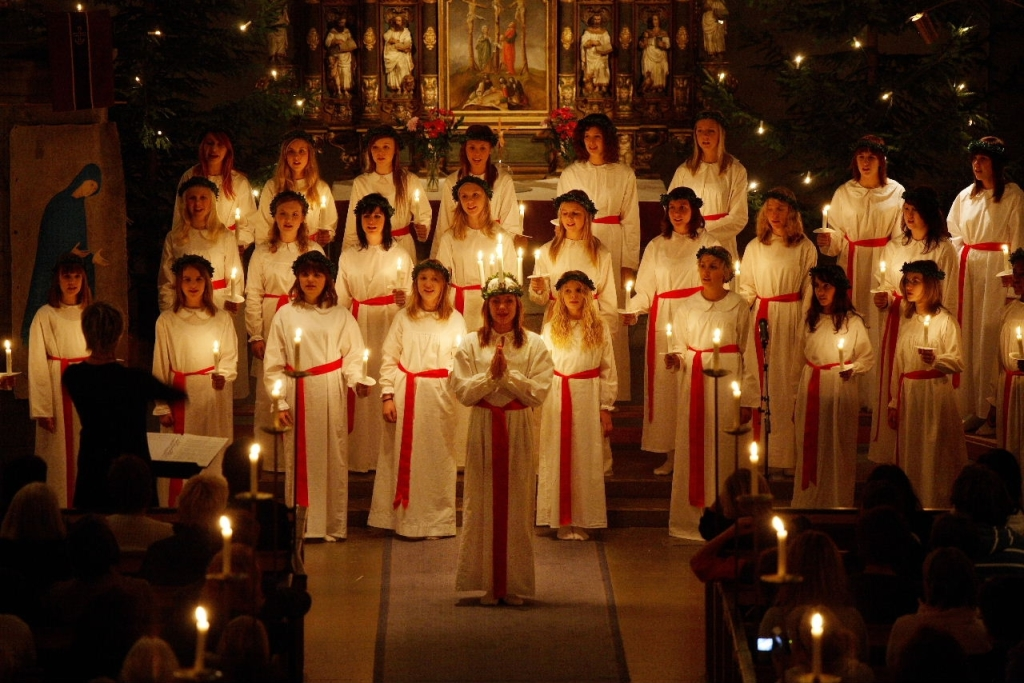 St Lucia, Saint Lucia Day, Sweden Christmas Traditions, International Holidays, December 13, Saint Lucia Buns, Winter Solstice, Swedish Traditions