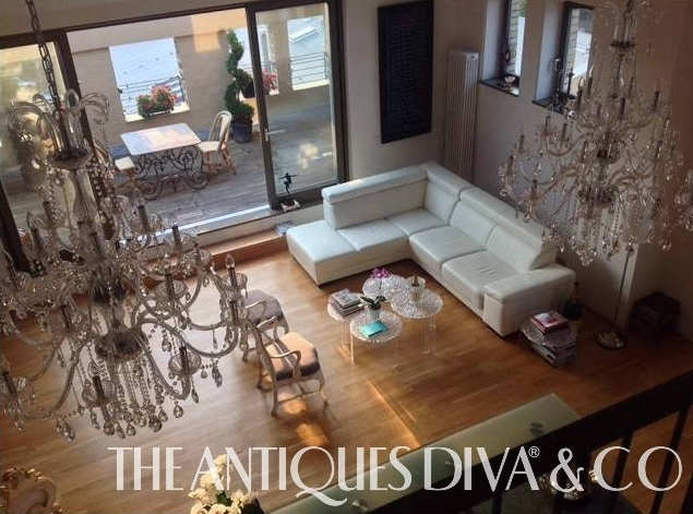 Acrylic, Lucite, Perspex, How to care for Acrylic, Antiques Diva Apartment