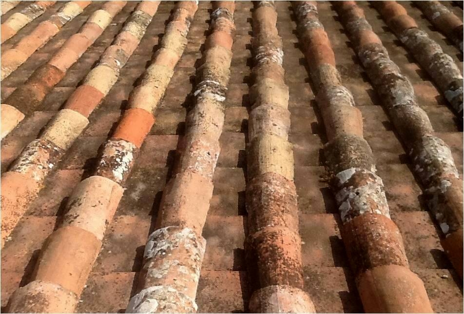 Miraculous Italian Roof Tiles The Antiques Diva The Antiques Diva Largest Home Design Picture Inspirations Pitcheantrous
