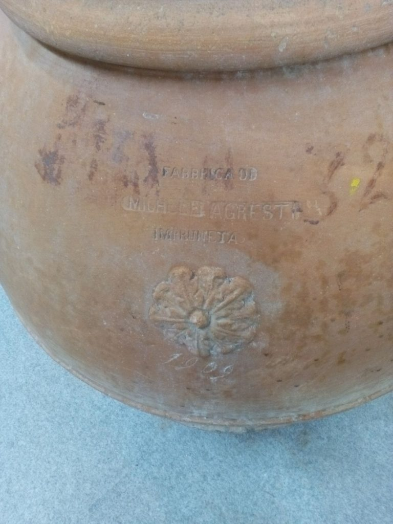 Sourcing Tuscan Pots From Estates, Italy ,Pots Impruneta