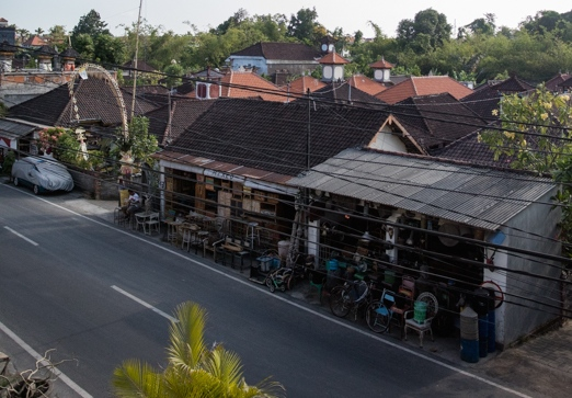 Antiquing in Bali: Indonesia Antique Buying Tours with The Antiques Diva & Co