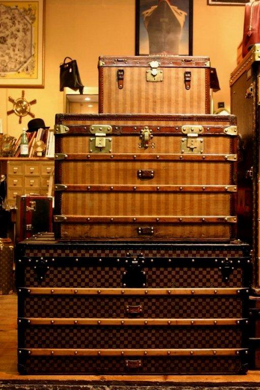 Paris antique shopping tips: Louis Vuitton vintage luggage, Paris Flea Market tips, Shopping in Paris, The Antiques Diva