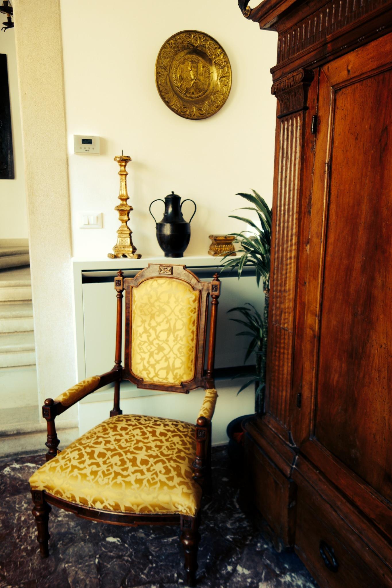 Venetian Antiques, Italian Antiques, Decorating with Antiques, O&C Antiques