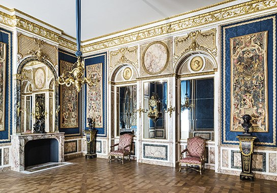 French Interior Design - Jacques Garcia, The Louvre, 18th Century Decorative Arts Gallery, Lessons in Art and Antiques, The Antiques Diva, French Antiques