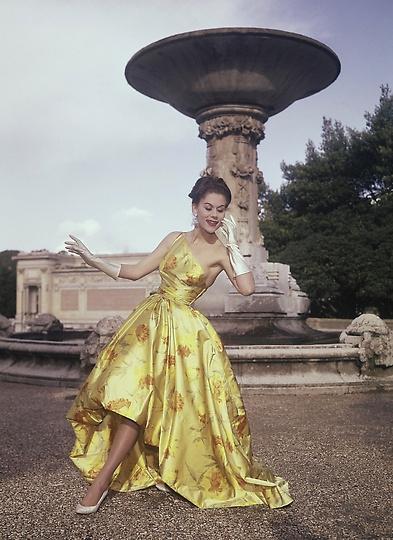 Creation by Eleanora Garnett Fashion House, Milan Fashion Week, Italian Fashion, Antiques Diva Buying Tours in Italy, Gucci fashion, GG monogram, Vintage Italian fashion