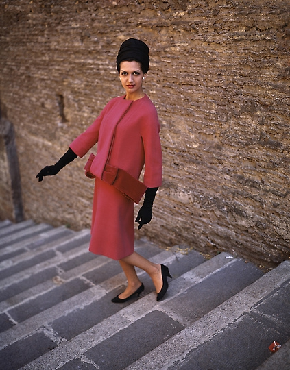 Fashion Italy 1960, Milan Fashion Week, Italian Fashion, Antiques Diva Buying Tours in Italy, Gucci fashion, GG monogram, Vintage Italian fashion