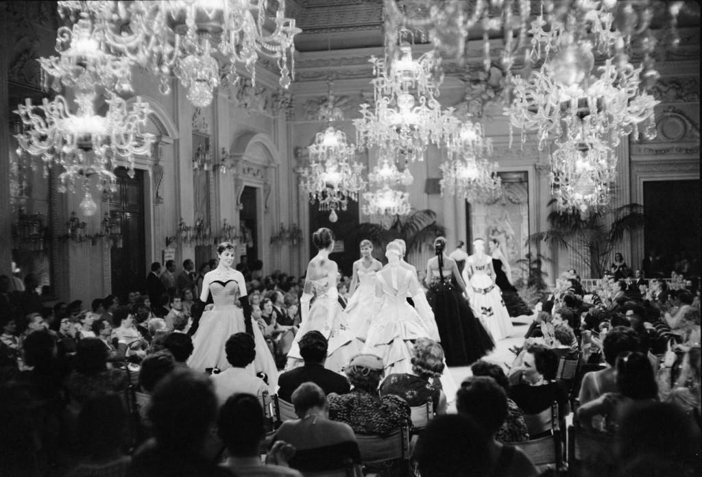 Milan Fashion Week, Italian Fashion, Antiques Diva Buying Tours in Italy, Gucci fashion, GG monogram, Vintage Italian fashion