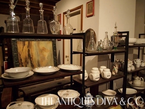 Sourcing antiques in Italy, Venetian Antiques, Antiques Diva Buying Tours, Veneto Antiques, Architectural Salvage, 15 Century Antiques,
