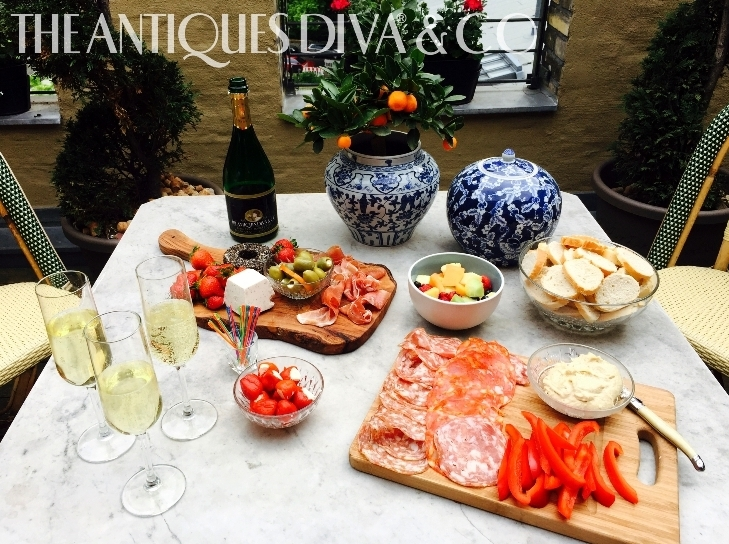 Antiques Diva Berlin Apartment, Toma Clark Haines, Decorating the Terrace, Balcony Gardening