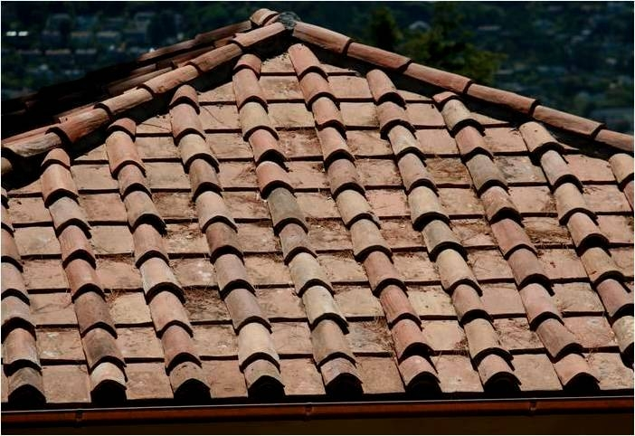 Italian Roof Tiles, Sourcing Italian tiles, Antiques Diva Tours, Tuscan Tiles, Architectural Salvage, Reclaimed Materials, Italian Architecture, Terracotta Roof Tiles, Coppi, Tegole, Buying Antiques in Italy