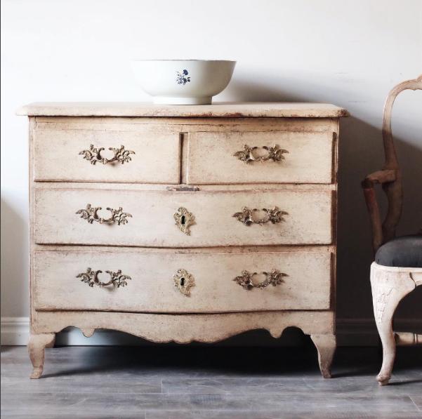 What Differentiates Swedish Antiques - Swedish Antique Furniture Archives - The Antiques DivaThe Antiques Diva