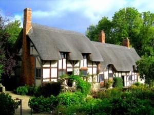 Tudor Antiques Anne-Hathaways-Cottage