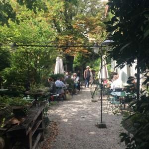 L'isle Sur la Sorgue garden cafe