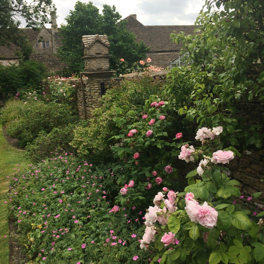 Garden Antiques in England-birdhouse