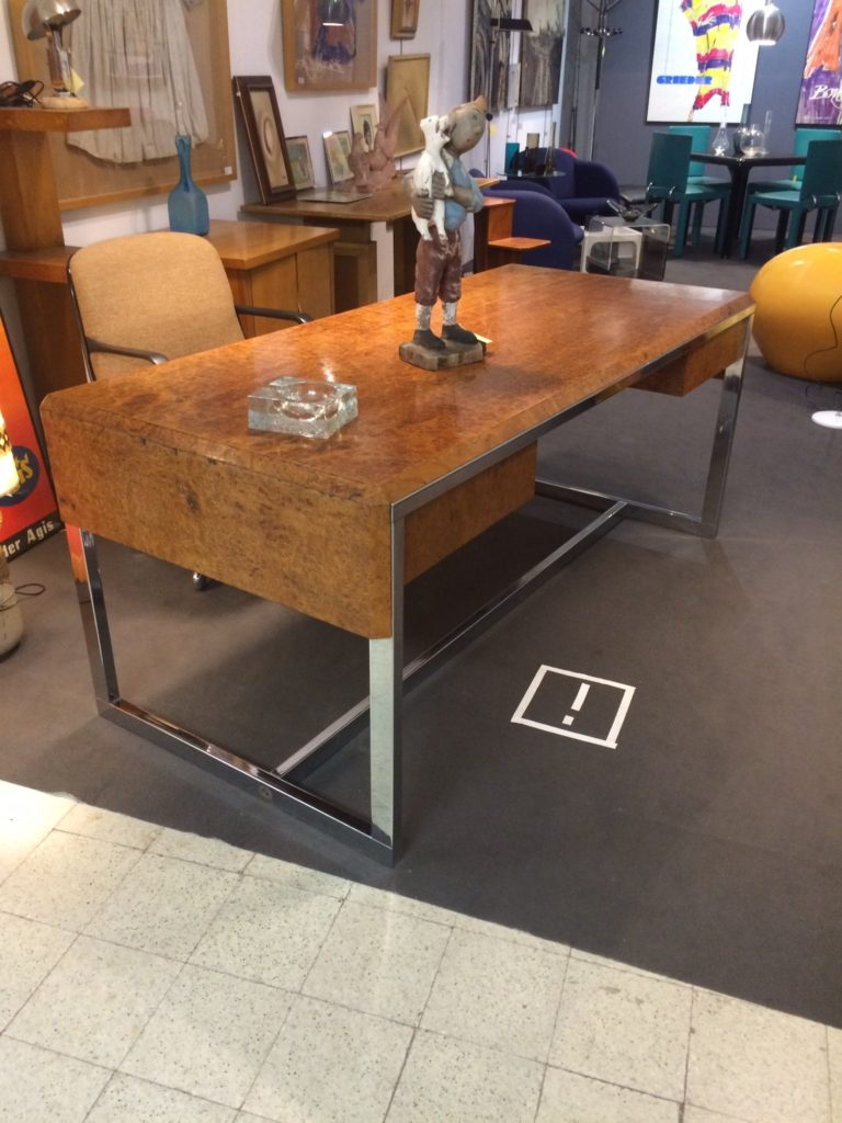 Mid-Century in Belgium-desk