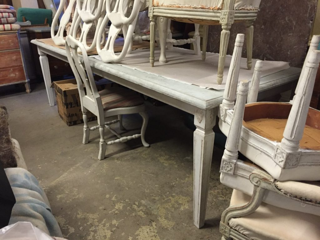 Sweden- Antique Buying Service-Gustavian style dinning table