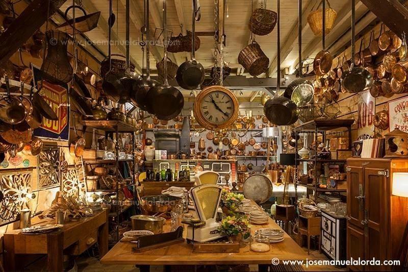 kitchenalia vintage and antiques at the Paris flea market