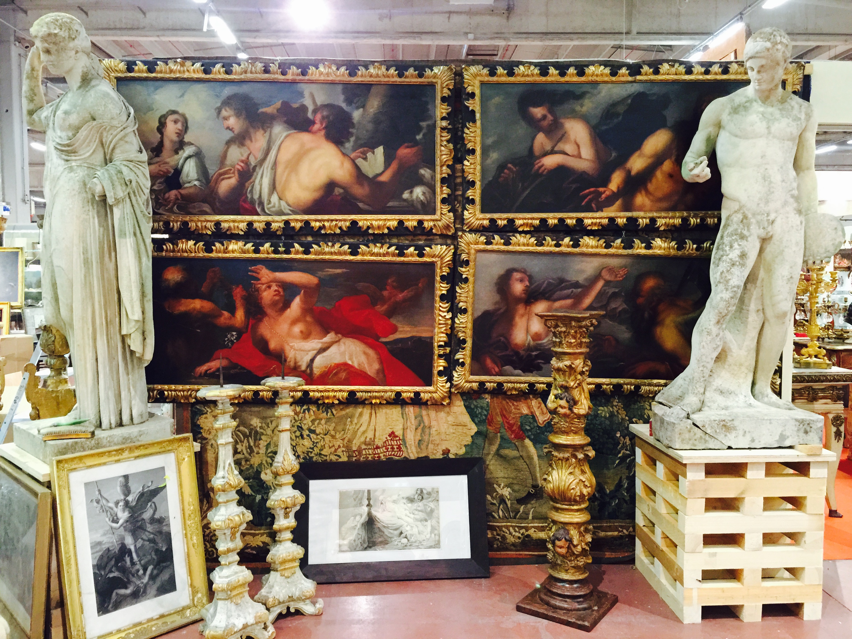 sourcing antique paintings and statuary in Italy on an Antiques Diva buying tour