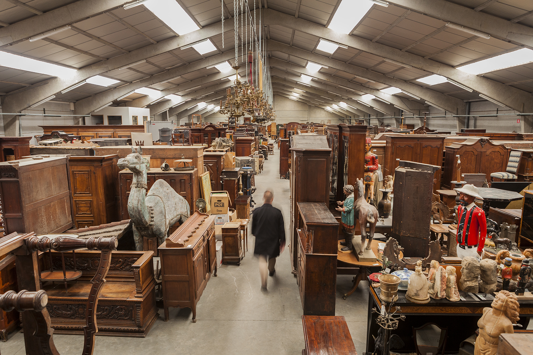 Wholesale Antique Shopping at an Antique Warehouse in Belgium