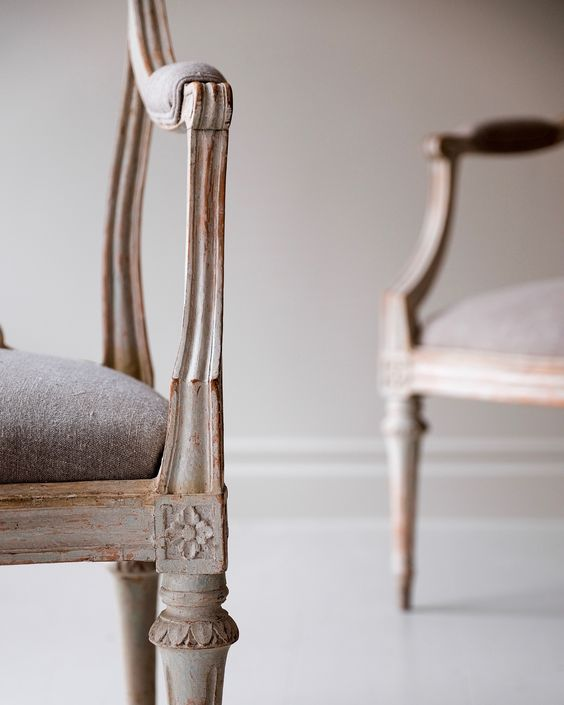 How to buy antiques in Sweden: It's all in the details.