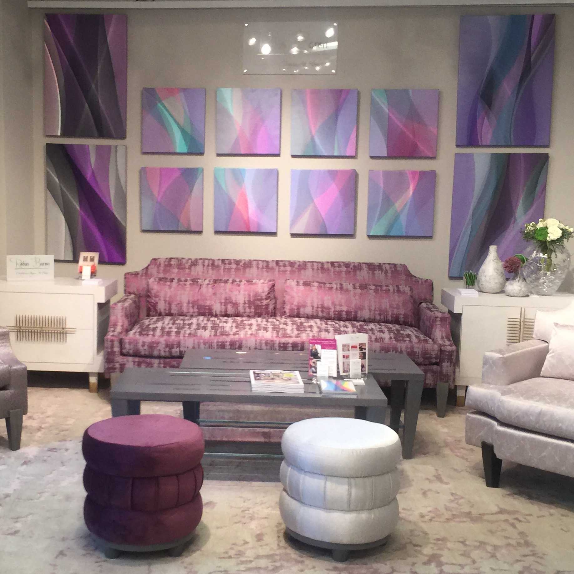 The Antiques Diva Takes Over HPMKT